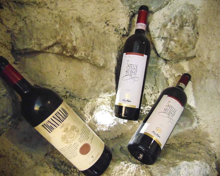 Vini rossi pregiati in enoteca a Livigno